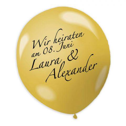 """Einladungstext """"Wir heiraten am 08. Juni, Laura und Alexander"""" auf goldenem Ballon"""